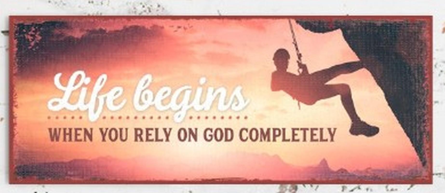 Metallschild lang - You rely on God